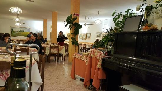 Viconago, Włochy: 20151114_192505_large.jpg