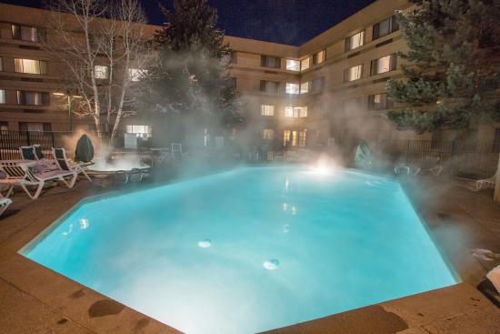 Comfort Inn Near Vail Beaver Creek: Year round outdoor heated pool