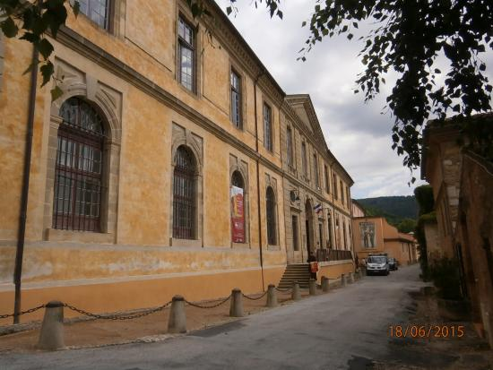 Soreze, Γαλλία: Musée Dom Robert exterior