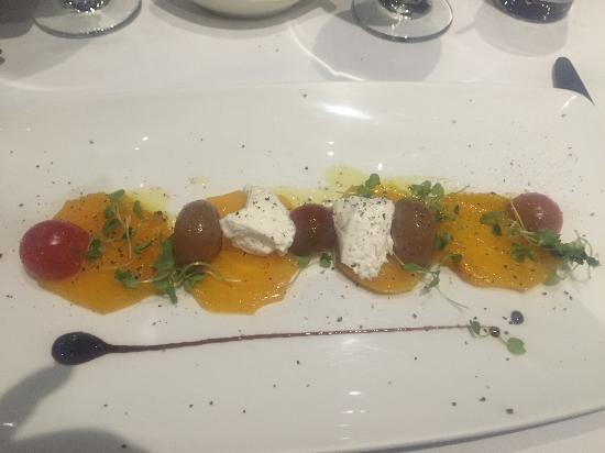 Tre Monti Ristorante : Wonderful beet and tomato salad!