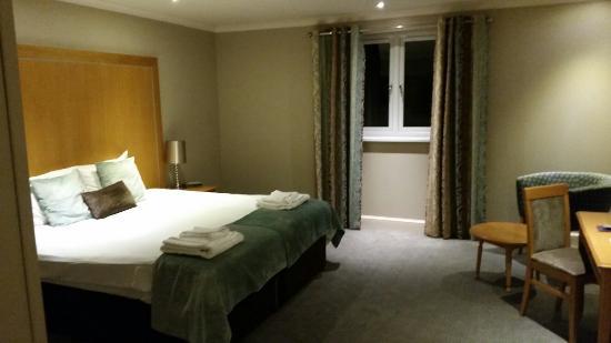 Kings Court Hotel: 20151009_213934_large.jpg
