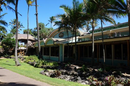 Front of mama 39 s picture of mama 39 s fish house paia for Mama s fish house