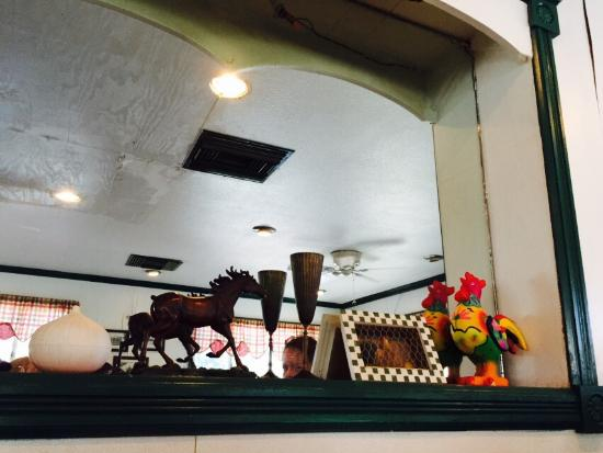 Driftwood Restaurant: photo1.jpg