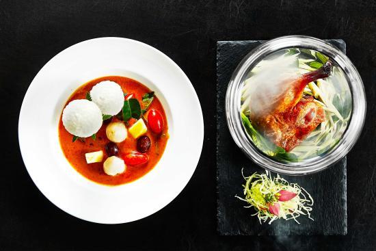 Noi Thai Cuisine: Roast Duck Red Curry