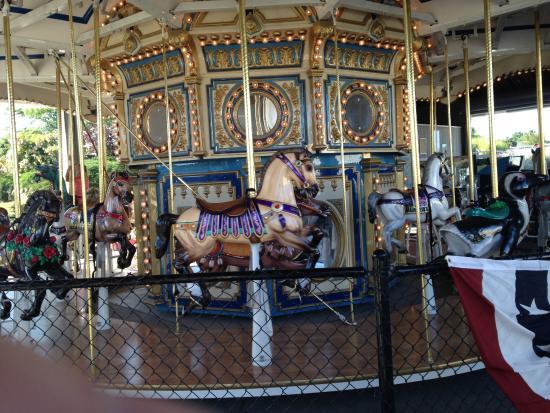 Rhode Island: Exquisitely designed carousel