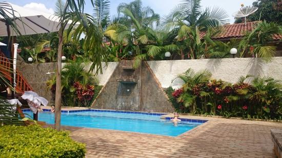 A piscina legal foto de hotel pousada natural brotas for Piscinas v h ramos lda braga
