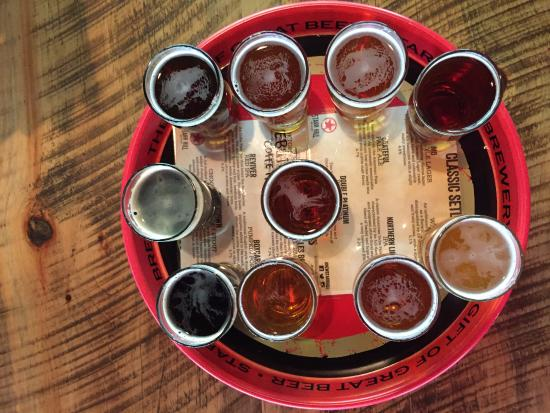 Crozet, VA: I would recommend the flights to sample the range of beers