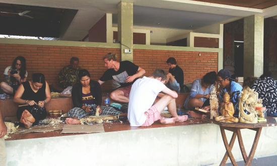 Enjoy art wood carving class in ubud Bali - Picture of Ubud