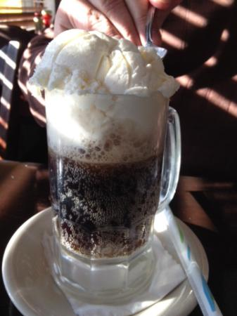 Matamoras, Pensilvania: Root Beer Float