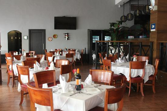 Paladar Restaurant: El Salon