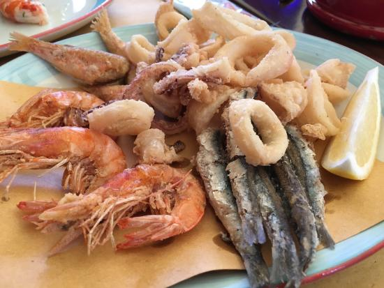 Yummy seafood at La Barcaccia