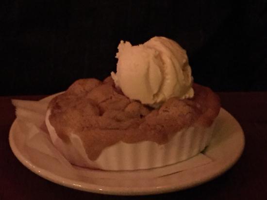 Photo of Italian Restaurant Da Flora at 701 Columbus Ave, San Francisco, CA 94133, United States