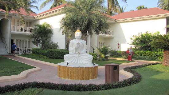 Radhika Beach Resort  |  Nagoa Beach