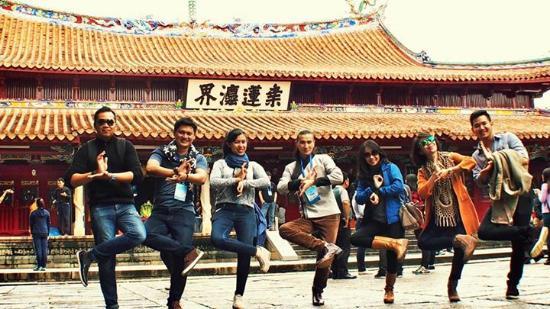 Dongxi Tower: pppssstttt