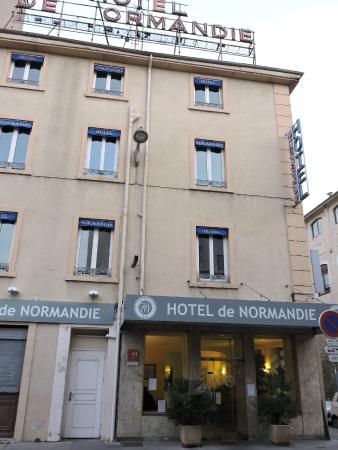 Hotel de Normandie : façade de l'hôtel