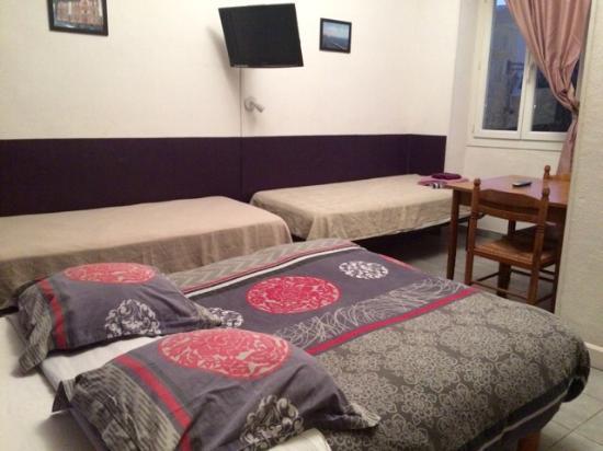 Hotel Lutia: Chambre 3 lits