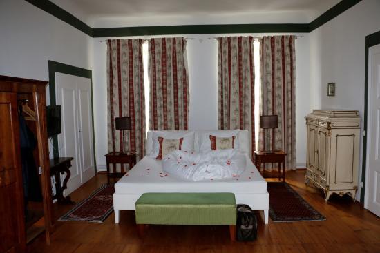 Schlosshotel Mailberg: Hochzeitssuite Schlafzimmer