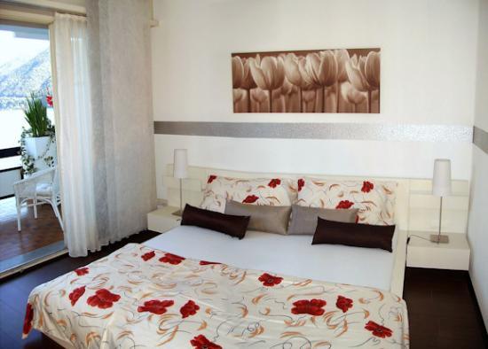 Hotel Garni Battello: The room from the inside