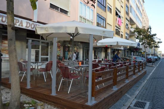 Tulipa Dourada - Picture of Restaurante O Nuno, Mem Martins