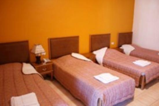 Family room with 4 beds Mariam hotel