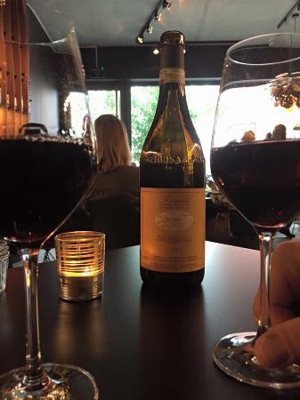 Etampe Wine-Bar