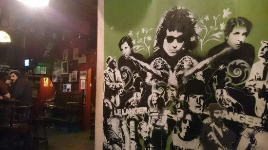 Charlie's Bar : Interesting bar