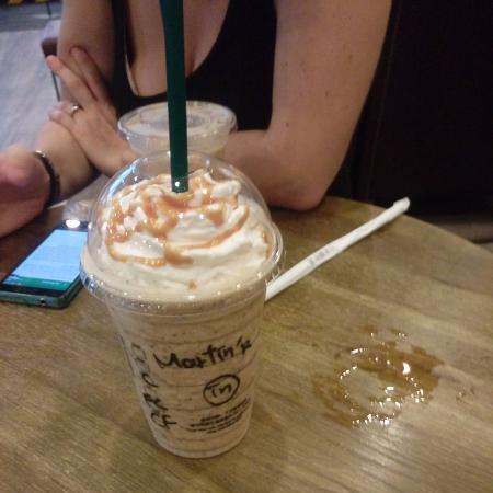 Starbucks (Zuoying)