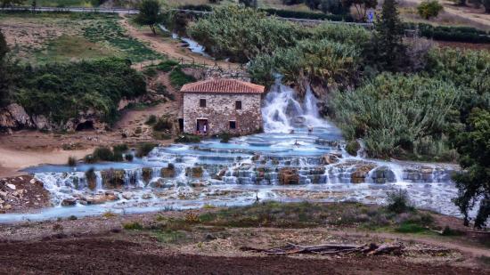 Le cascate del mulino picture of terme di saturnia - Bagni di saturnia ...