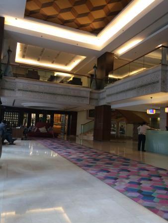 Davis Bangkok: Lobby