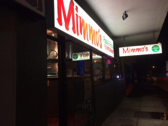 Mimmo's A-La-Carte & Pizza: The restaurant from the outside