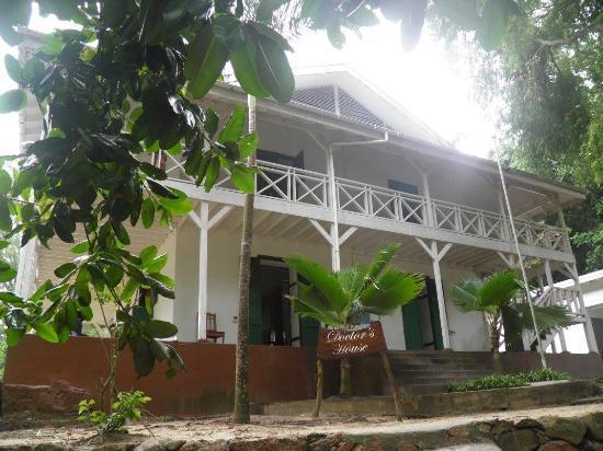 Νήσος Πράσλιν, Σεϋχέλλες: La maison du docteur
