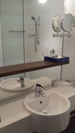 Taylors Lakes, Australien: Bathroom