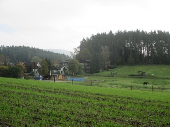 Mitwitz, Allemagne : Gelände von der Strassenseite
