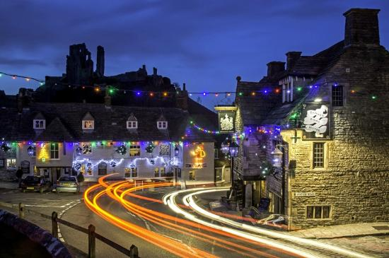 The Greyhound Inn: Christmas is coming