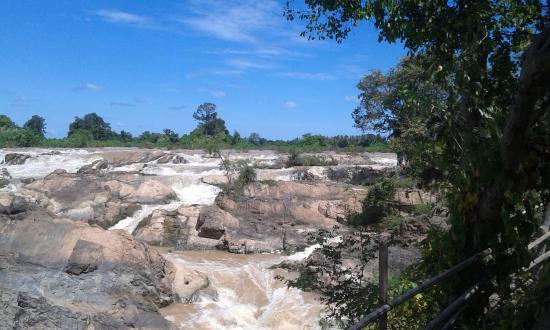 Si Phan Don : Somphamit Waterfalls