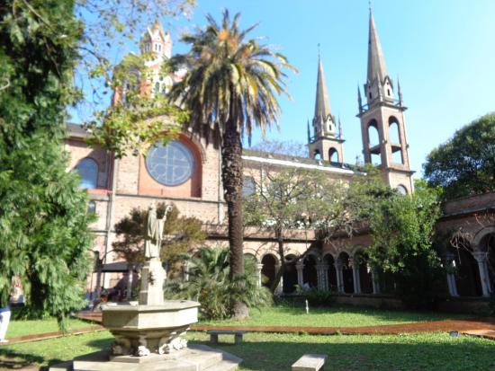 La Abadia Centro de Arte y Estudios Latinomaericanos