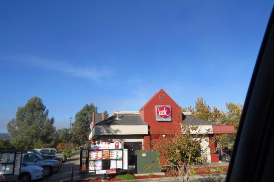 Jack in the Box  |  15945 Dam Rd, Clearlake, CA 95422
