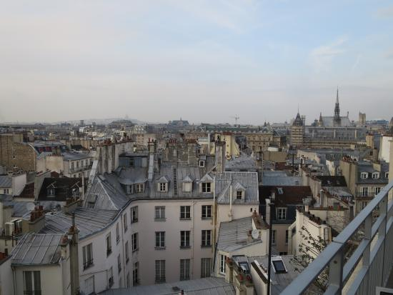view picture of holiday inn paris notre dame paris. Black Bedroom Furniture Sets. Home Design Ideas