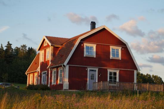 Stjärnhov, Sverige: Rocklosa Gard, SW