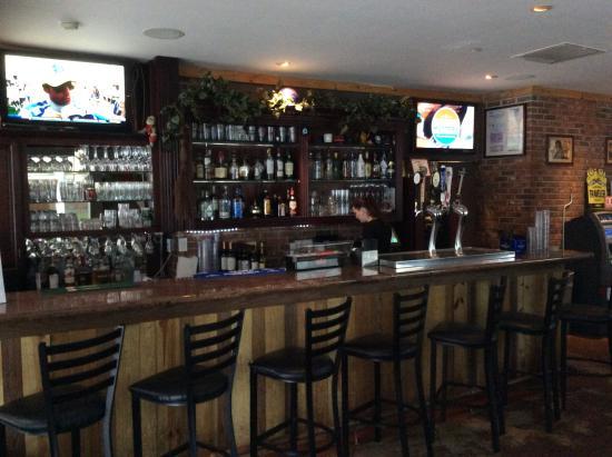 The Grove Spot: Plenty of choice at the bar.