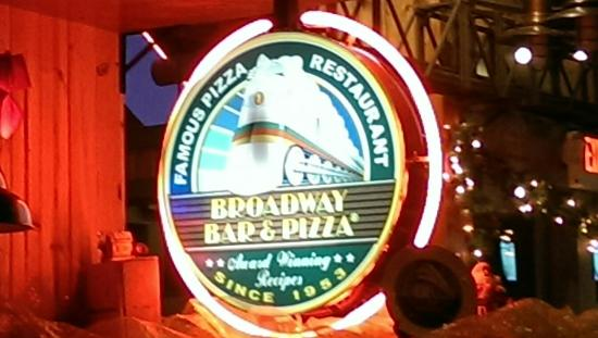 Broadway Bar and Pizza: IMAG1735_large.jpg