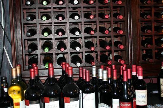 Northport, estado de Nueva York: great selection of wines