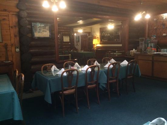 Patrick Creek Lodge and Historical Inn: Dining room