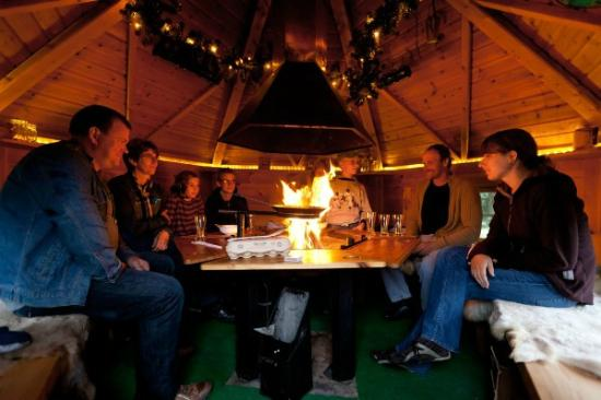 Stable Court Lodging: BBQ in all seasons in Stable Court's Grillkota