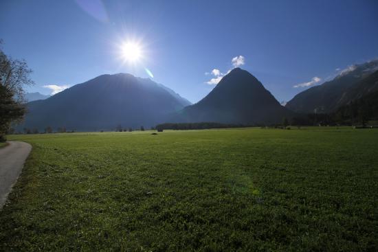 Neukirchen am Grossvenediger, Austria: Утро прямо перед домиком