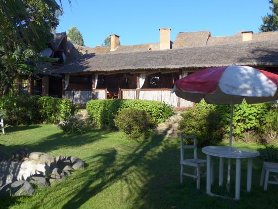 Restaurant vu depuis le jardin picture of l 39 auberge chez for Auberge le jardin