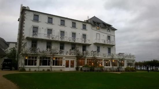 Picture of grand hotel des bains locquirec for Restaurant grand hotel des bains