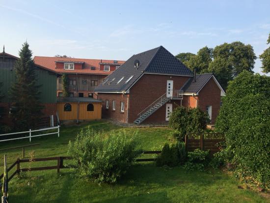 Gross Wittensee, Jerman: Der Ponyhof Naeve ist definitiv nicht weiterzuempfehlen. Dreckiges Leitungswasser, ungepflegte T