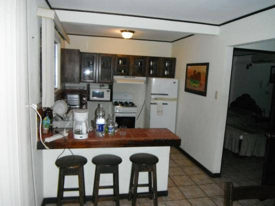 Hotel ManGaby: Outstandingly Furnished & Efficient Kitchen