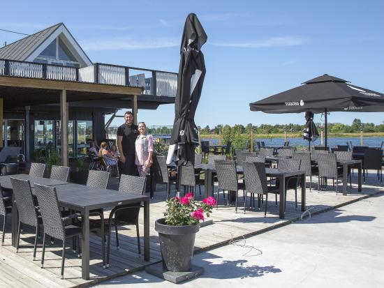 Ishoej, Danemark : Stor udendørs terrasse med fantastisk udsigt